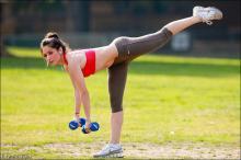 Шаг от бедра - гимнастика для стройных ног и красивых ягодиц