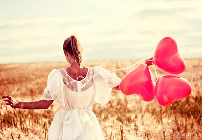 Воздушные шарики-сердечки для оформления романтических вечеров