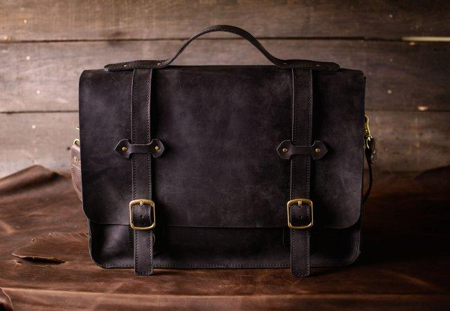Выбор модной кожаной сумки
