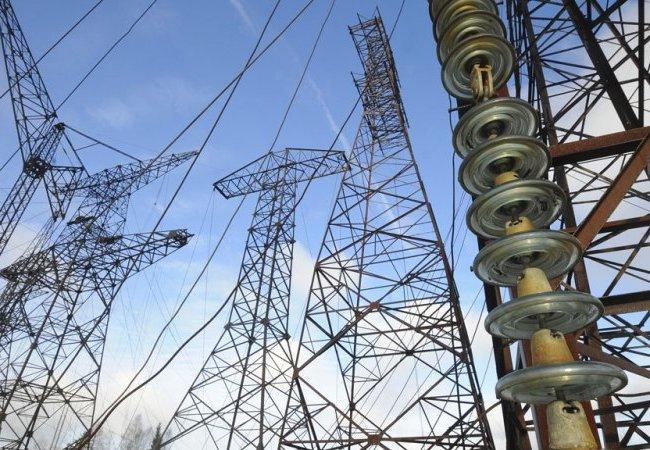 Поставки электрической энергии для жилых и административных зданий