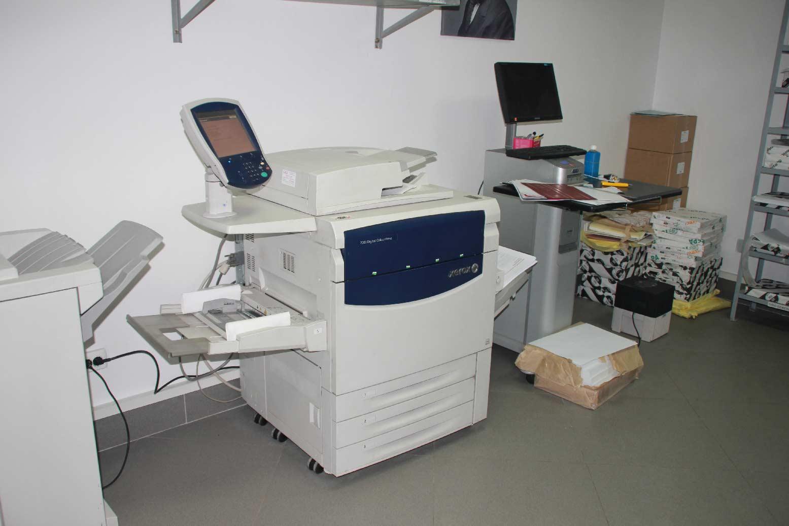 Изготовление и печать буклетов, полиграфии
