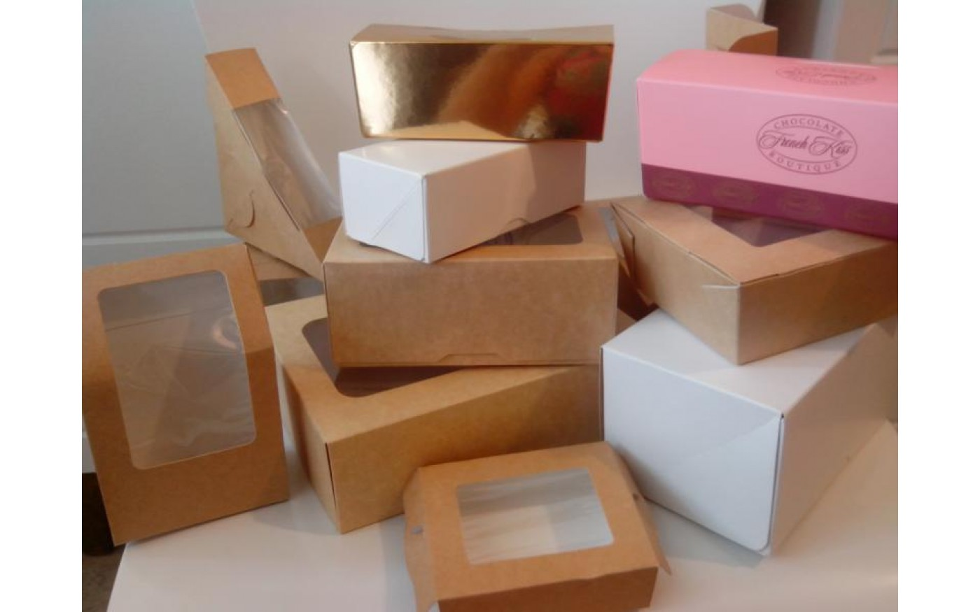 Нужны коробки для кондитерских изделий? Компания «Attolis» предлагает низкие цены
