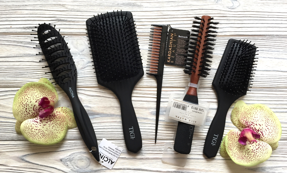 Расчески, щетки, аксессуары для волос Janeke