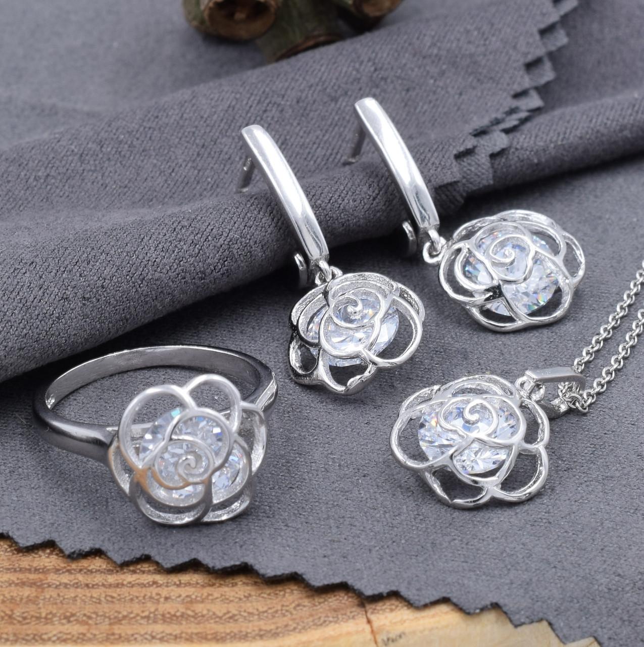 Серебряные ювелирные украшения: кольца, цепочки, сережки