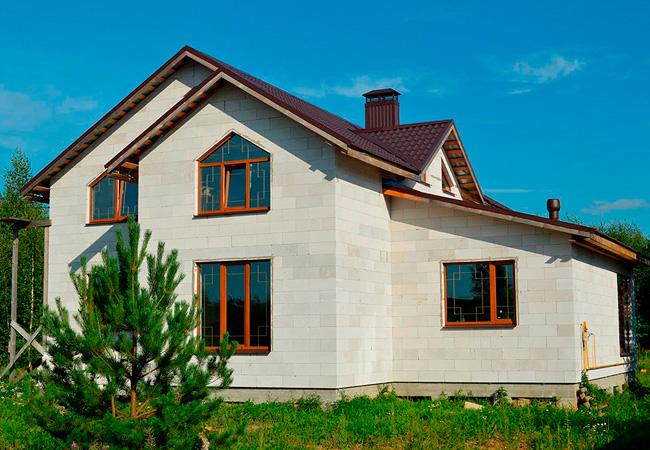 Строительство загородных домов из газобетонных блоков в Москве и Подмосковье